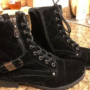 Guess Boots 8 M
